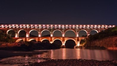 Le pont du Gard by night