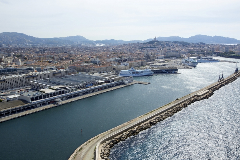Marseille : les Terrasses du port carburent à l'eau de mer